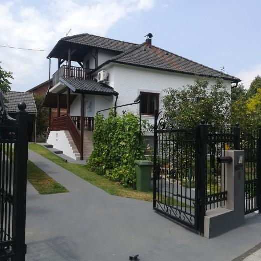 Holiday house Baotić